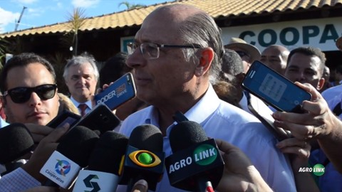 Brasil precisa melhorar logística, diz Alckmin