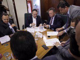 Mapa e governo de MT assinam convênio para descentralização da fiscalização de sementes