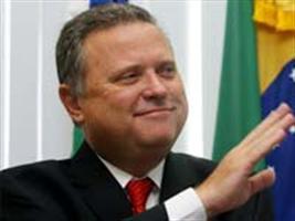 Justiça do Mato Grosso determinou bloqueio de R$ 4 milhões em bens do ministro da Agricultura, Blairo Maggi
